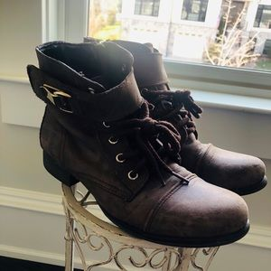 Steve Madden brown ankle boots